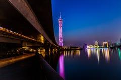 Guangzhou torn på natten Arkivbilder