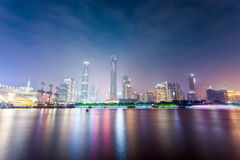 Guangzhou zhujiang nowa grodzka linia horyzontu przy nocą Zdjęcia Stock