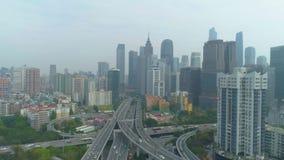 Guangzhoustad en complex wegviaduct Guangdong, China Lucht Mening stock videobeelden