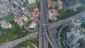 Guangzhoustad en complexe weguitwisseling Guangdong, China Lucht Mening stock videobeelden
