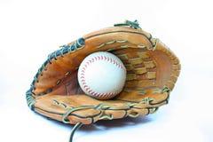 Guante y bola de béisbol Fotografía de archivo