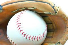 Guante y bola de béisbol Imagen de archivo libre de regalías