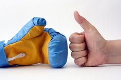 Guante y mano de boxeo Fotografía de archivo libre de regalías