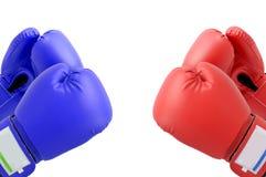Guantes de boxeo de la lucha Fotografía de archivo