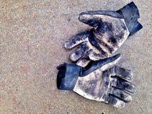Guanti del lavoro sporco Fotografia Stock Libera da Diritti
