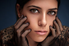 Guanti della ragazza e del pizzo di modo Fotografia Stock Libera da Diritti