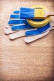 Guanti verticali del pennello del nastro della famiglia di versione Fotografie Stock