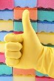 Guanto di gomma giallo Fotografia Stock
