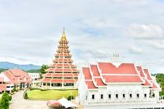 Guanyin на рыбах kang Wat Huai в Chiang Rai стоковые фото