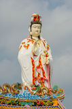 Guanyin with blue sky Royalty Free Stock Photography