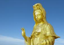 Guanyin de oro Foto de archivo libre de regalías