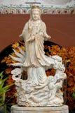 Guanyin Rzeźbił od bielu marmuru fotografia stock