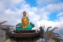 Guanyin-Statue an Linh Phuoc-Pagode in Dalat-Stadt, Vietnam Lizenzfreies Stockfoto