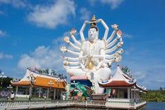Guanyin an Wat Plai Laem-Tempel Lizenzfreies Stockbild