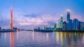 Guanzhou, Porcelanowa linia horyzontu na rzece Fotografia Royalty Free