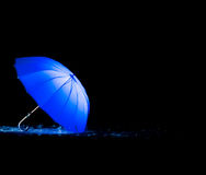 Guarda-chuva azul imagem de stock royalty free