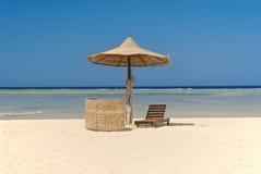 Guarda-chuva na praia Foto de Stock Royalty Free