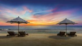 guarda-chuva 2 na praia Fotografia de Stock
