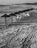 Guarda-chuvas de praia nos kos Imagens de Stock