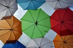 Guarda-chuvas diferentes como um fundo Foto de Stock