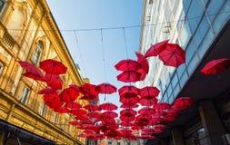 Guarda-chuvas vermelhos Fotografia de Stock