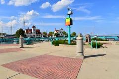 Guarda costeira velha Quarters e marcador em Racine Wisconsin imagem de stock