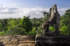 Guarda de piedra del león en pre Rup Imagen de archivo