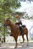 Guardabosques de parque de nacional de Yosemite Imagenes de archivo
