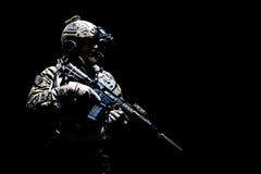 Guardabosques del ejército en uniformes del campo Fotos de archivo