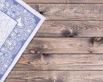 Guardanapo árabe na tabela de madeira Imagem de Stock