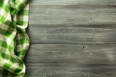 Guardanapo de pano na madeira Fotos de Stock Royalty Free