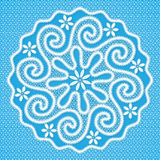 Guardanapo redondo laçado branco no estilo do laço de Vologda do russo Imagens de Stock Royalty Free