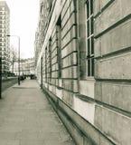 Guardando giù la via Londra Inghilterra di Hastings Fotografia Stock Libera da Diritti