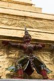 Guardas del demonio en el palacio magnífico, Bangkok Fotos de archivo libres de regalías