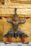 Guardiães do demônio no palácio grande, Banguecoque Fotografia de Stock