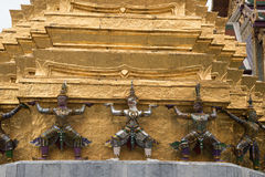 Guardiães do demônio no palácio grande, Banguecoque Fotos de Stock