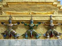 Guardiães do demônio, Wat Phra Keaw, Banguecoque, Tailândia Imagens de Stock
