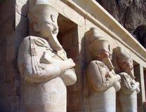 Guardiães no templo da rainha Hatshepsut, Egipto fotografia de stock