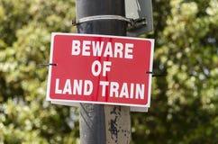 Guardi da del segno dei treni Immagine Stock Libera da Diritti