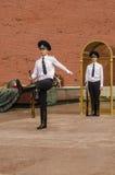 Guardia de honor ruso del soldado en la pared del Kremlin. Tumba del soldado desconocido en Alexander Garden en Moscú. Imagen de archivo libre de regalías