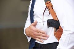 Guardia del corpo con la pistola Immagini Stock