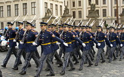 Guardia di onore in abito da sera Immagini Stock Libere da Diritti