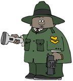 Guardia forestale di parco che tiene una torcia elettrica e una pistola illustrazione di stock