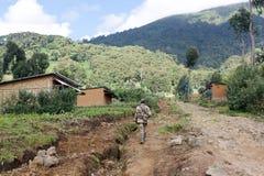Guardia forestale di sosta alla sosta nazionale dei vulcani Immagini Stock Libere da Diritti
