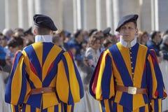Guardia svizzera in uniforme Immagine Stock Libera da Diritti