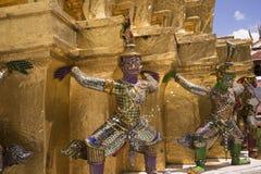 Guardiano a Wat Phra Kaew - il tempio del demone di Emerald Buddha i Fotografie Stock