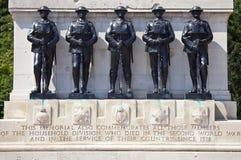 Guardias conmemorativos en el desfile de Horseguards en Londres Foto de archivo