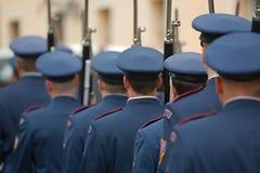 Guardias de palacio armados Fotos de archivo libres de regalías