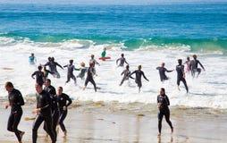 Guardias de vida de California del Laguna Beach en el entrenamiento Fotos de archivo