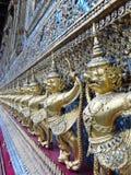 Guardie del tempio nel grande palazzo a Bangkok Fotografie Stock Libere da Diritti